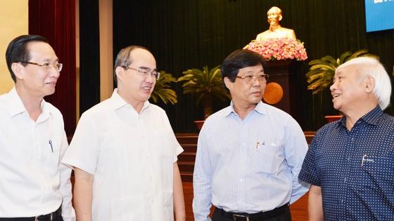Bí thư Thành ủy TPHCM Nguyễn Thiện Nhân gợi ý giải pháp sáng tạo ảnh 1