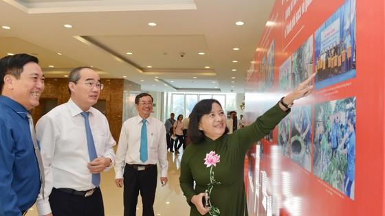 Bí thư Thành ủy TPHCM Nguyễn Thiện Nhân: Tăng cường dự báo và truyền thông kịp thời ảnh 1