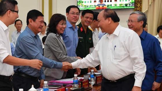 TPHCM nêu 13 kiến nghị với Bộ Chính trị, Chính phủ và Thủ tướng Chính phủ ảnh 3