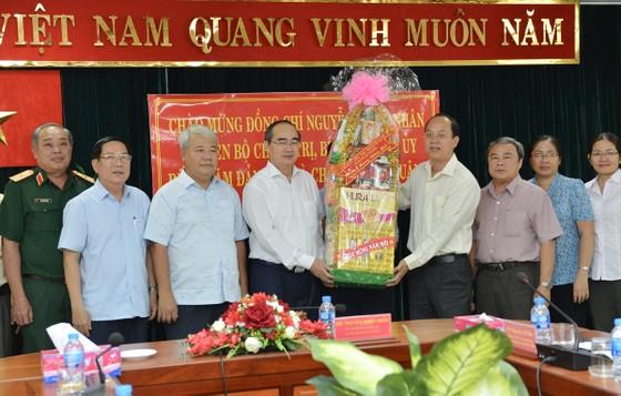 Bí thư Thành ủy TPHCM Nguyễn Thiện Nhân thăm, chúc tết nguyên Thủ tướng Nguyễn Tấn Dũng ảnh 4