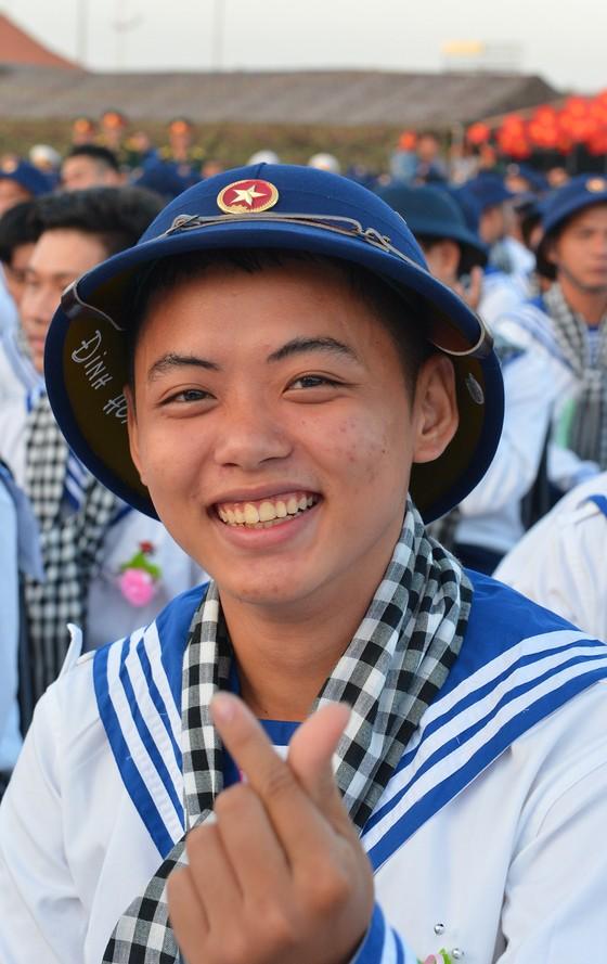 Gần 4.400 thanh niên TPHCM lên đường nhập ngũ ảnh 13
