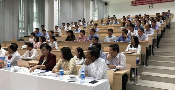 92 cán bộ, lãnh đạo dự lớp bồi dưỡng cán bộ nguồn Thành ủy TPHCM ảnh 1