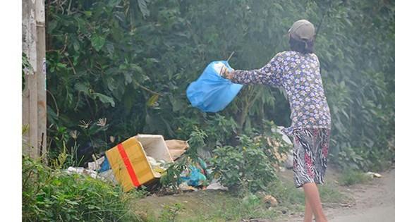 Bí thư Thành ủy TPHCM Nguyễn Thiện Nhân: Ghi hình người xả rác để phạt đã làm được chưa? ảnh 4