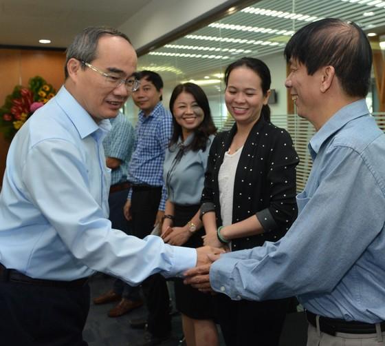 Bí thư Thành ủy TPHCM Nguyễn Thiện Nhân: 'Báo SGGP đạt thành tựu đáng trân trọng' ảnh 2