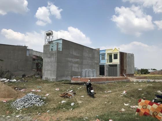 Chỉ thị Thành ủy TPHCM yêu cầu bố trí lại cán bộ ở nơi có nhiều vi phạm xây dựng ảnh 2