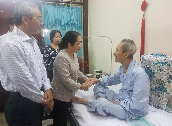 Bí thư Thành ủy TPHCM Nguyễn Thiện Nhân thăm gia đình chính sách ảnh 5