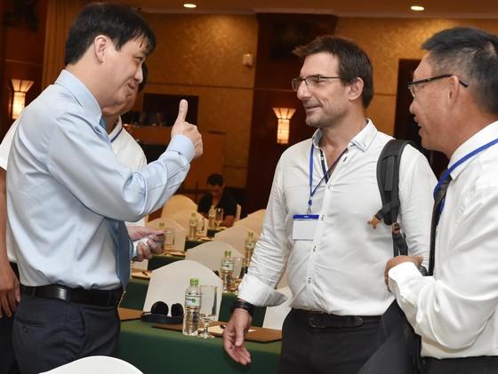 Bí thư Thành ủy Nguyễn Thiện Nhân: Cần hình thành một chiến lược phát triển cây xanh TPHCM ảnh 6