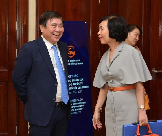 Bí thư Thành ủy TPHCM Nguyễn Thiện Nhân: Đào tạo nhân lực trí tuệ nhân tạo đạt trình độ quốc tế ảnh 4