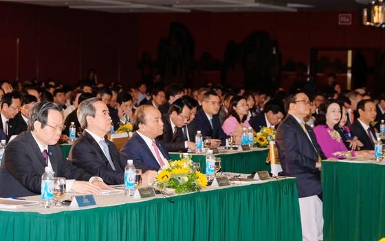 """Thủ tướng dự hội nghị """"Hà Nội 2018 - Hợp tác đầu tư và phát triển"""" ảnh 1"""