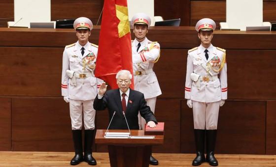 Tân Chủ tịch nước Nguyễn Phú Trọng tuyên thệ nhậm chức ảnh 1