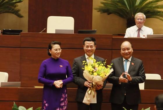 Ông Nguyễn Mạnh Hùng chính thức trở thành Bộ trưởng Bộ Thông tin và Truyền thông ảnh 2