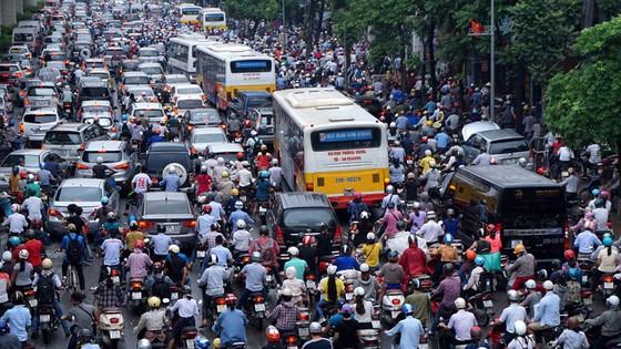 Dự báo dân số Hà Nội lệch gần… 30 năm ảnh 1
