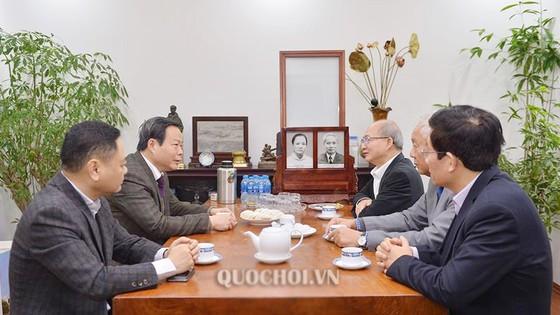 Phó Chủ tịch Quốc hội Phùng Quốc Hiển chúc tết các đồng chí nguyên lãnh đạo Đảng, Nhà nước, Quốc hội ảnh 2