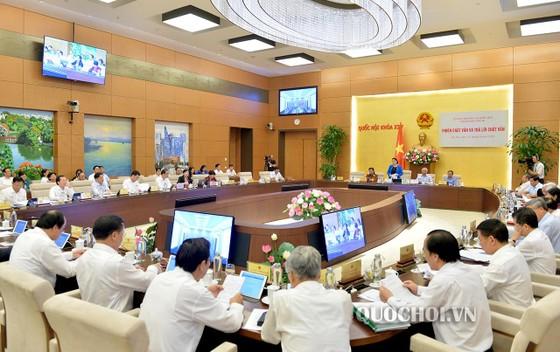 """Bộ trưởng Bộ TT-TT Nguyễn Mạnh Hùng: Không thể để """"bộ não"""" của người Việt ở nước ngoài ảnh 2"""