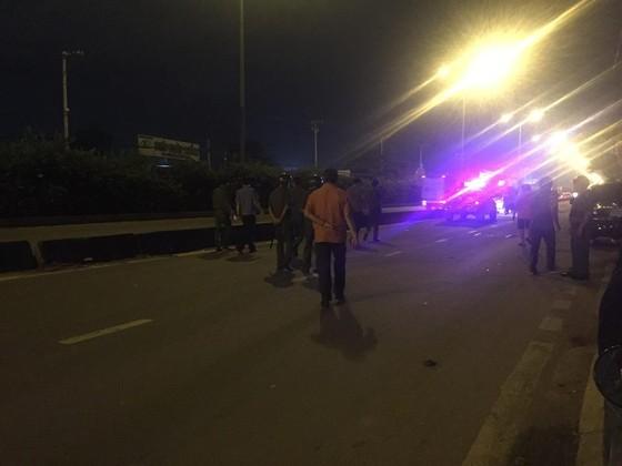 Một người tử vong sau tiếng nổ lớn trên đường phố TPHCM ảnh 5