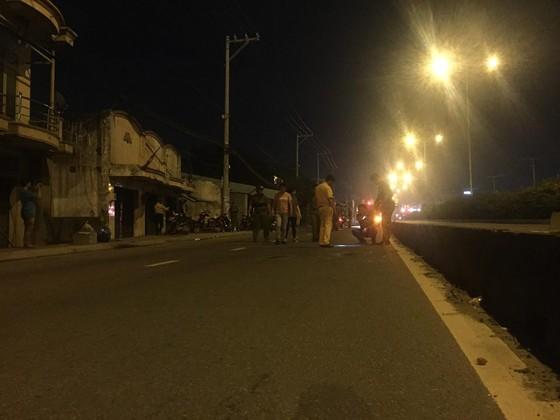 Một người tử vong sau tiếng nổ lớn trên đường phố TPHCM ảnh 10