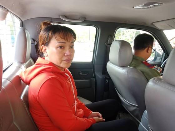 Bắt người phụ nữ đóng giả người giúp việc trộm cắp nhiều nhà đại gia ảnh 1