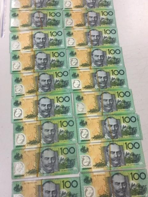 Nữ hành khách cất giấu 18.000 đô la Úc khi làm thủ tục xuất cảnh ảnh 1