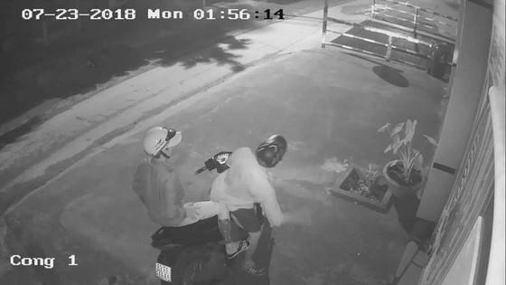 Truy bắt nhóm đối tượng trộm xe ô tô trị giá gần 1 tỷ đồng ở quận Bình Tân ảnh 1