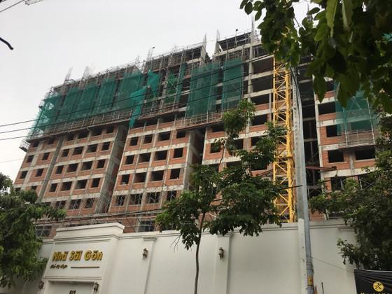 Rơi từ tầng 10 công trình Saigon Homes, 2 công nhân tử vong ảnh 1
