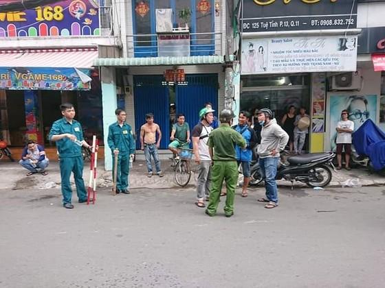 Đối tượng nghi cướp giật, cố thủ trong tiệm game bắn cá đã tử vong ảnh 2