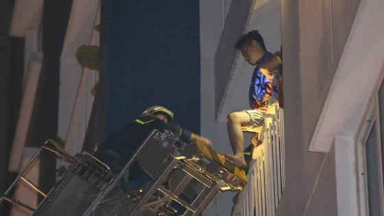 Vụ cháy chung cư Carina: Cấm đi khỏi nơi cư trú đối với nguyên Tổng giám đốc Công ty Hùng Thanh ảnh 5