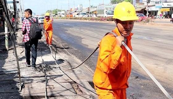 Vụ cháy xe bồn chở xăng ở Bình Phước: Xe bồn chạy với tốc độ gần 100km/h ảnh 5