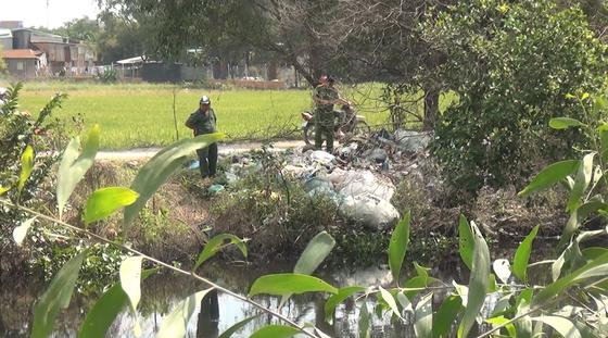 Tài xế Grab nghi bị giết, cướp tài sản tại huyện Bình Chánh ảnh 1