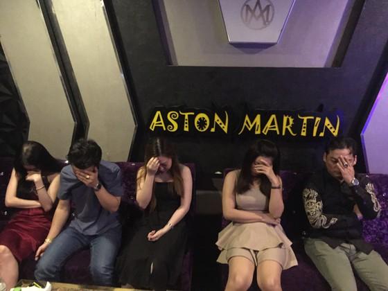 Nhóm dân chơi tổ chức phê ma tuý tập thể ở quán karaoke Sinh Đôi Venus  ảnh 2