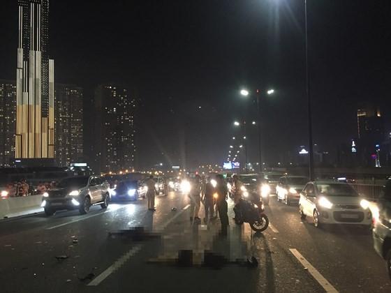 Tai nạn trên cầu Sài Gòn, 1 người tử vong, 2 người bị thương ảnh 7