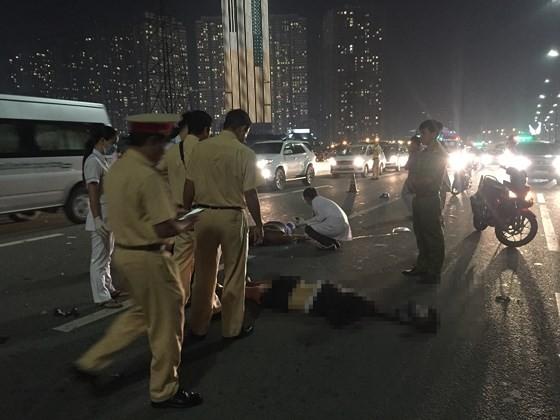 Tai nạn trên cầu Sài Gòn, 1 người tử vong, 2 người bị thương ảnh 8