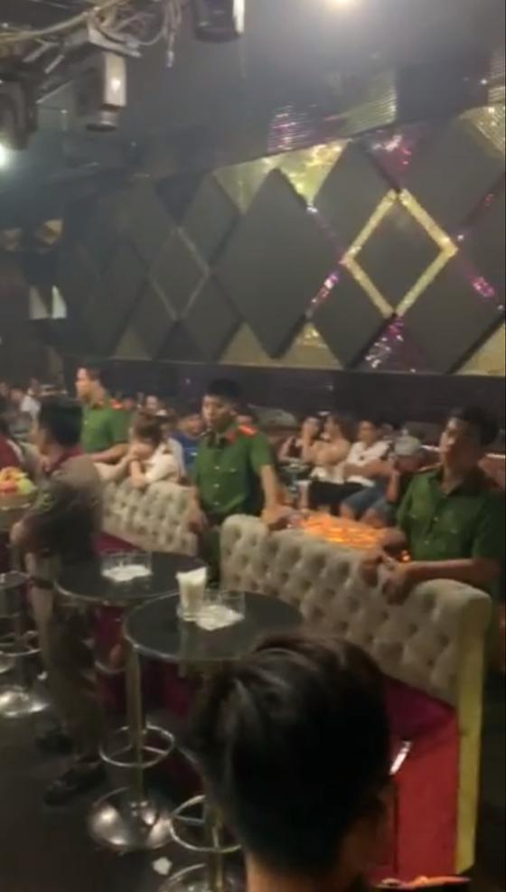 Đột kích vũ trường Đông Kinh, phát hiện 27 dân chơi dương tính với ma tuý ảnh 3