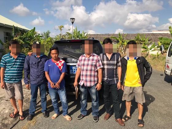 Vụ bác sĩ Chiêm Quốc Thái bị chém ở phố đi bộ: Bắt thêm 1 nghi can ảnh 1