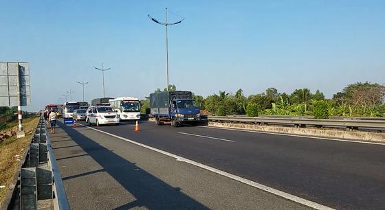 Va chạm liên hoàn trên cao tốc TPHCM - Trung Lương, 1 người tử vong ảnh 7