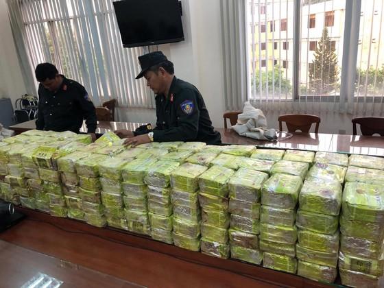 Bộ Công an chủ công phá đường dây mua bán ma túy cực lớn ở TPHCM ảnh 6