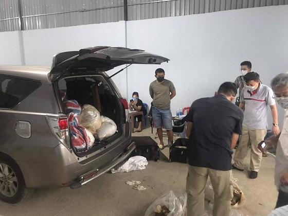 Bắt giữ nửa tấn ma tuý ước trị giá 500 tỷ đồng của người Trung Quốc tại TPHCM ảnh 6