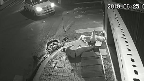 Công an đã làm việc với tài xế taxi Vinasun rời khỏi hiện trường vụ tai nạn ảnh 2