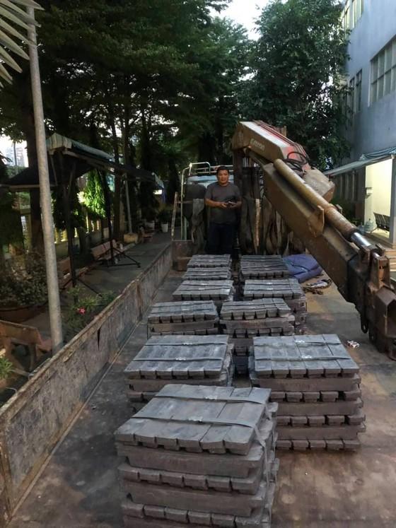Bắt nam thanh niên trộm thùng container nguyên liệu trị giá hơn 1 tỷ đồng ảnh 2