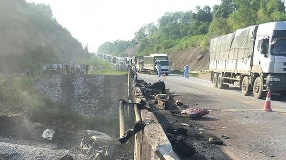 Đường tạm qua cầu Ngòi Thủ hỏng, cao tốc Nội Bài- Lào Cai cấm nhiều loại phương tiện ảnh 1