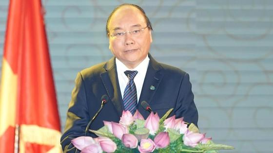 Thủ tướng Nguyễn Xuân Phúc trao Huân chương Độc lập hạng Nhì cho Đoàn bay 919 ảnh 1