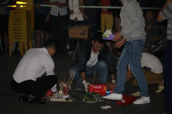 Hà Nội: Bé sơ sinh còn nguyên dây rốn rơi từ tầng cao chung cư ảnh 2