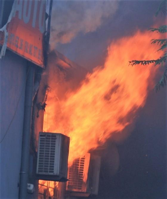 Cháy gara ô tô gần trụ sở VFF, nhiều người hoảng loạn ảnh 5
