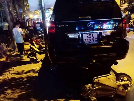 Nữ tài xế xe Lexus gây tai nạn liên hoàn có nồng độ cồn vượt ngưỡng ảnh 1