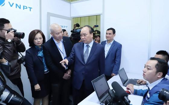 Thủ tướng kiểm tra Trung tâm báo chí phục vụ Hội nghị thượng đỉnh Mỹ - Triều ảnh 9
