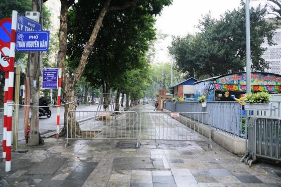 An ninh chốt chặn mọi ngả đường về khách sạn Sofitel Metropole  ảnh 11