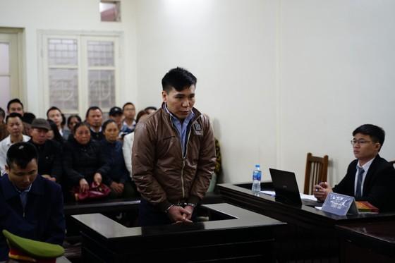 """Bắt đầu xét xử ca sĩ Châu Việt Cường tội """"Giết người"""" ảnh 2"""