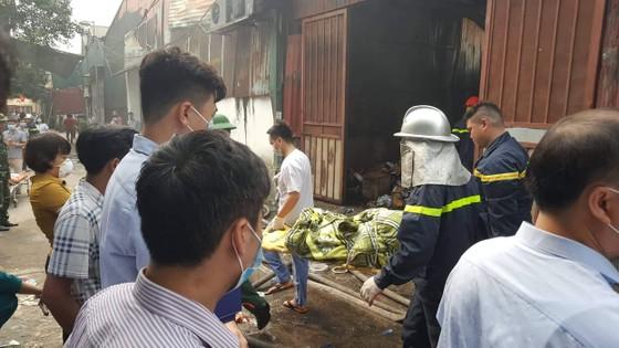 Vụ cháy nhà xưởng ở Hà Nội: Cả 4 người trong một gia đình tử nạn ảnh 5