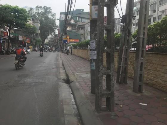 Bí ẩn người phụ nữ chết cạnh xe máy bên đường lúc sáng sớm ảnh 1