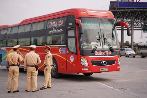 CSGT cả nước ra quân tổng kiểm tra các loại phương tiện trên đường trong 1 tháng ảnh 2