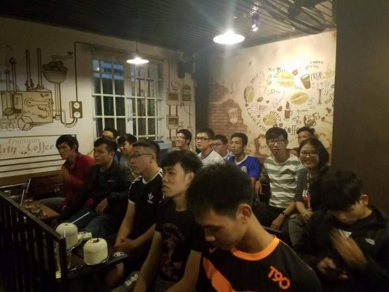 """True Blue Sài Gòn """"phục kích"""" trận Leicester – Chelsea  ảnh 5"""